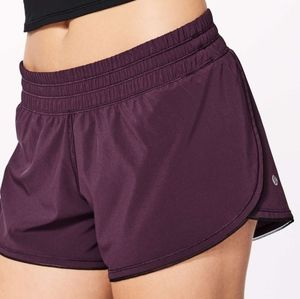 "Lululemon Seek The Heat Short II (2.5"") size 8"